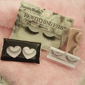 Bundle of Falsh Eyelashes
